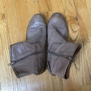Juicy Couture Cowgirl Booties Size 9.5